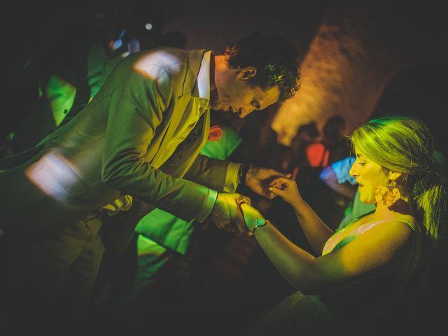 Le mariage de Ned et Laïla à Perreux, Loire 137