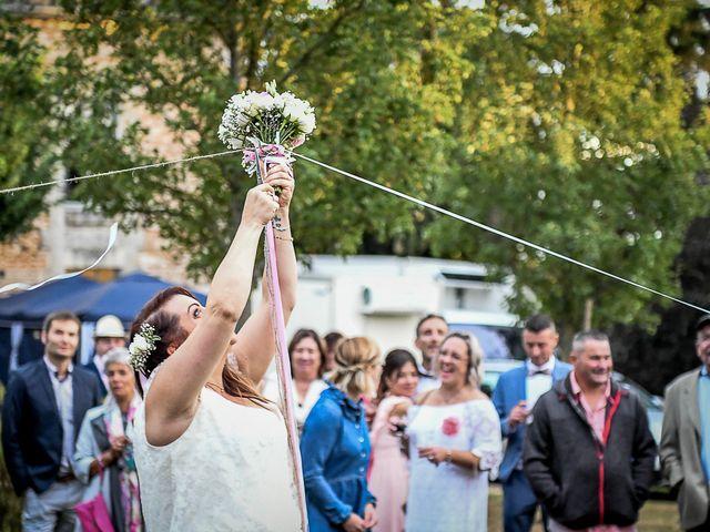 Le mariage de Anthony et Alexandra à Saint-Maurice-la-Clouère, Vienne 84