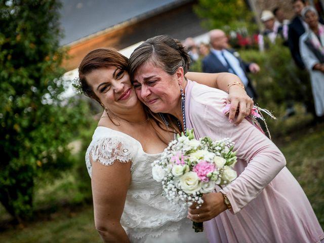 Le mariage de Anthony et Alexandra à Saint-Maurice-la-Clouère, Vienne 85