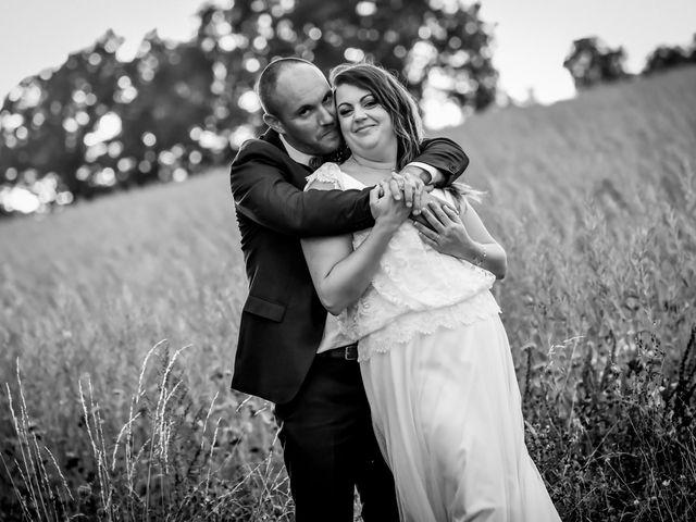 Le mariage de Anthony et Alexandra à Saint-Maurice-la-Clouère, Vienne 92