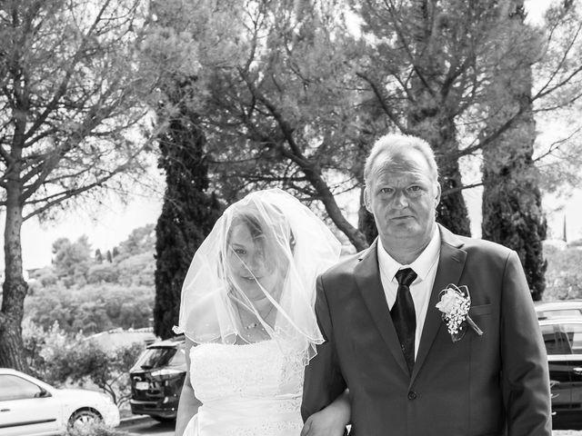 Le mariage de Cassandra et Kévin à Le Muy, Var 10