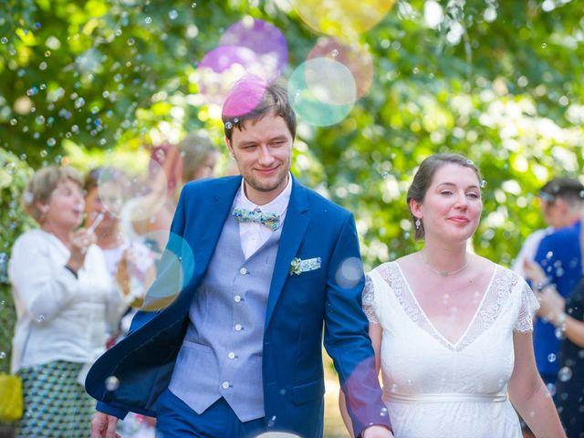 Le mariage de Michaël et Hélène à Polliat, Ain 20