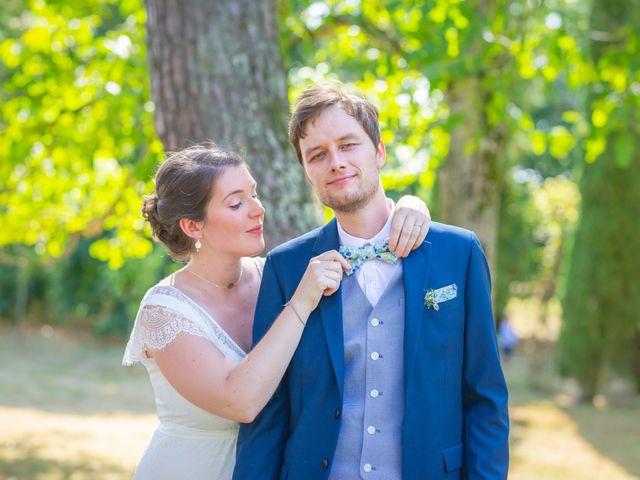 Le mariage de Michaël et Hélène à Polliat, Ain 25