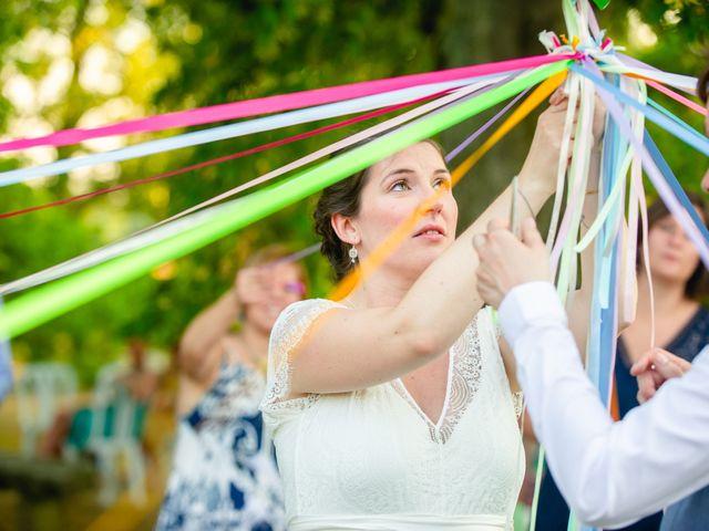 Le mariage de Michaël et Hélène à Polliat, Ain 36