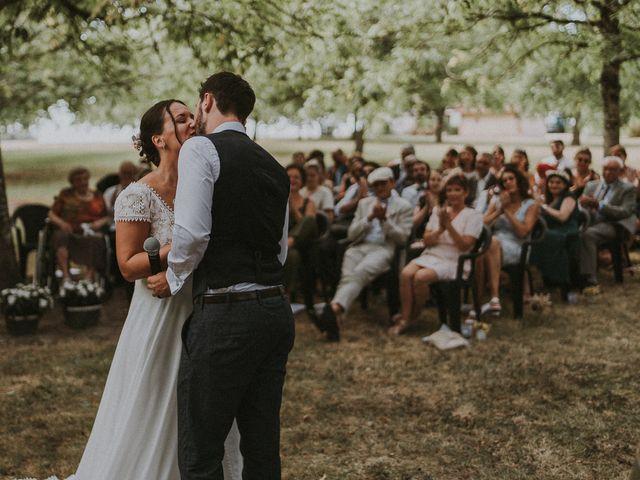 Le mariage de Baptiste et Lauranne à Ennordres, Cher 26
