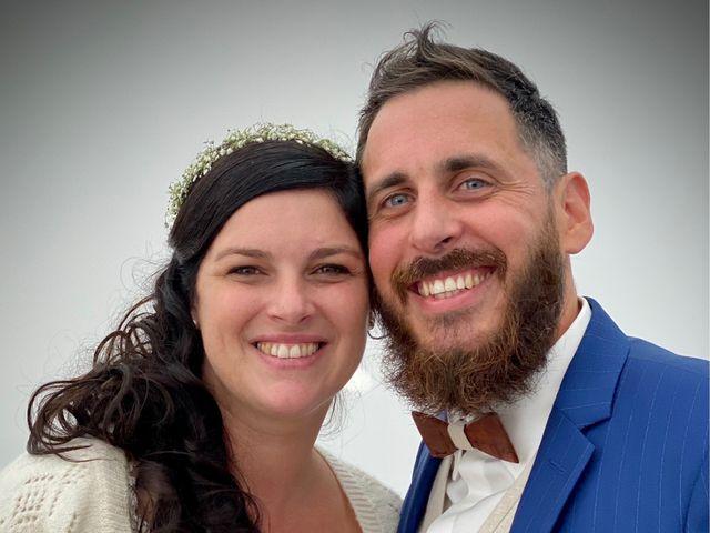 Le mariage de Julien et Emilie à Saint-Jean-de-Monts, Vendée 18