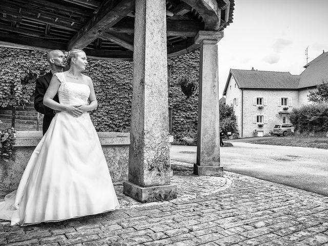 Le mariage de Yannick et Delphine à Raynans, Doubs 16