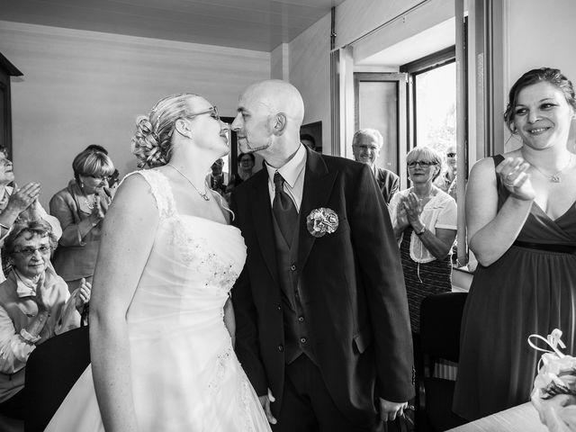 Le mariage de Yannick et Delphine à Raynans, Doubs 20