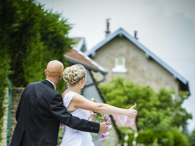 Le mariage de Yannick et Delphine à Raynans, Doubs 23