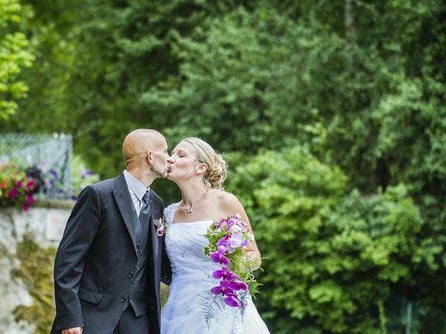Le mariage de Yannick et Delphine à Raynans, Doubs 24
