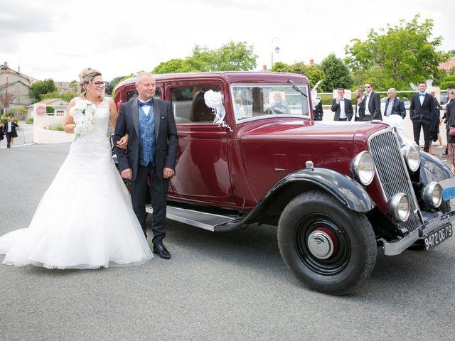 Le mariage de Nicolas et Emilie à Parthenay, Deux-Sèvres 9