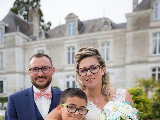 Le mariage de Nicolas et Emilie à Parthenay, Deux-Sèvres 18