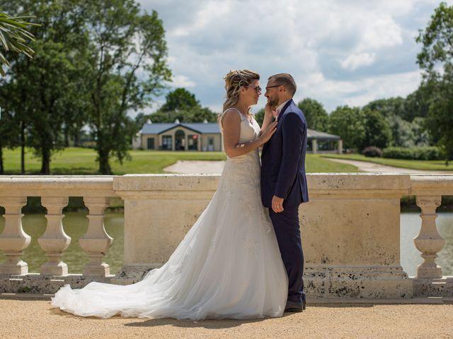 Le mariage de Nicolas et Emilie à Parthenay, Deux-Sèvres 2