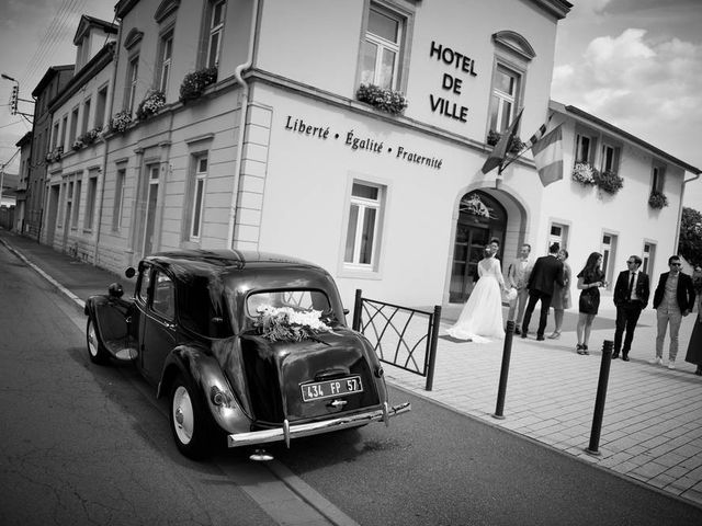 Le mariage de Arnaud et Anne à Marly, Moselle 6