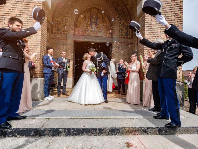 Le mariage de Clément et Margo à Saint-Quentin, Aisne 12