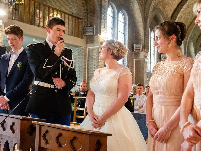 Le mariage de Clément et Margo à Saint-Quentin, Aisne 16