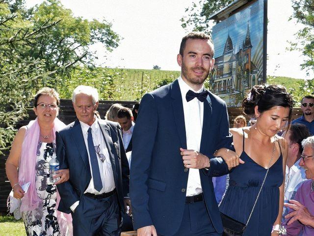Le mariage de Raphy et Céline à Saint-Étienne-des-Oullières, Rhône 10