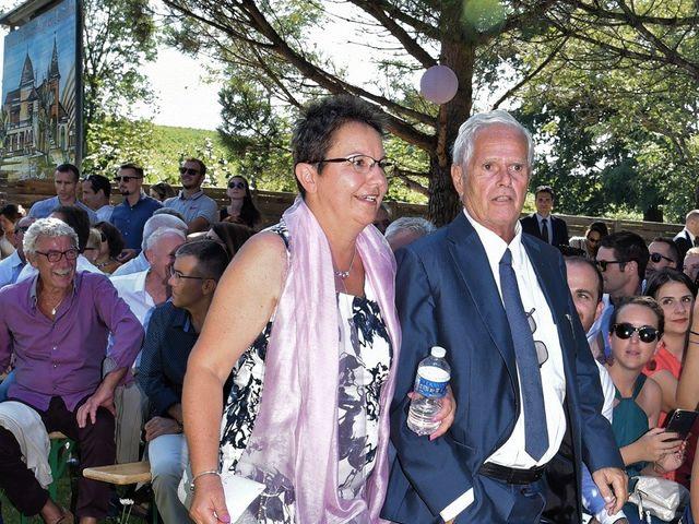Le mariage de Raphy et Céline à Saint-Étienne-des-Oullières, Rhône 11