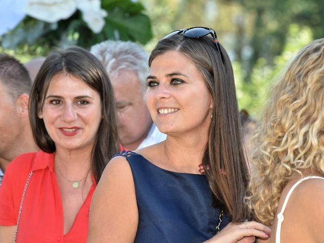 Le mariage de Raphy et Céline à Saint-Étienne-des-Oullières, Rhône 34