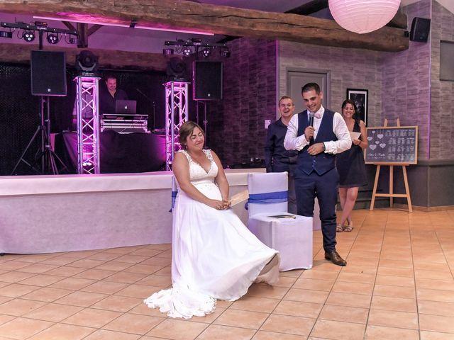 Le mariage de Raphy et Céline à Saint-Étienne-des-Oullières, Rhône 64