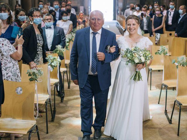 Le mariage de Romain et Mirela à Lyon, Rhône 14