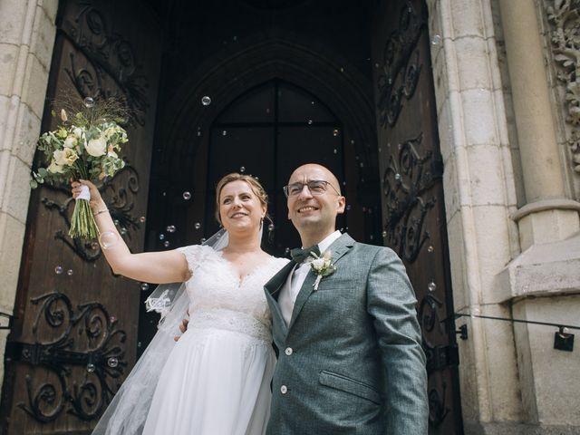 Le mariage de Romain et Mirela à Lyon, Rhône 17