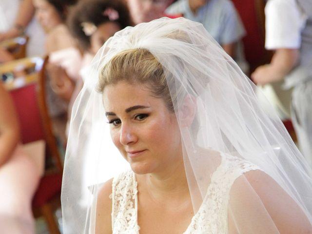 Le mariage de Cyril et Anne-Sophie à Saint-Gervais, Gironde 16