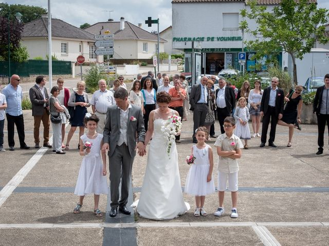 Le mariage de Christophe et Cécile à Vouneuil-sous-Biard, Vienne 14