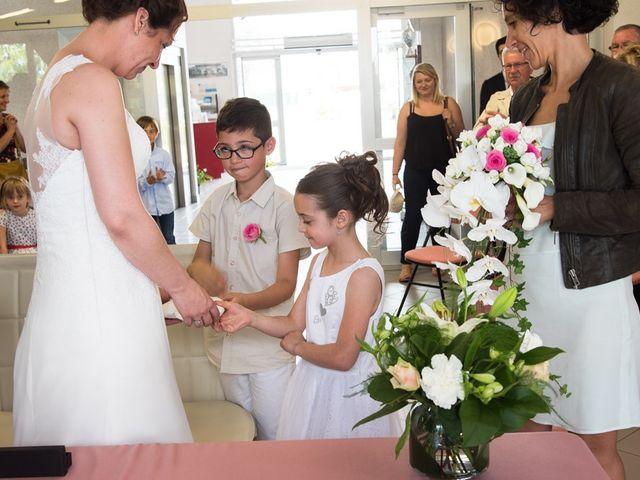 Le mariage de Christophe et Cécile à Vouneuil-sous-Biard, Vienne 16