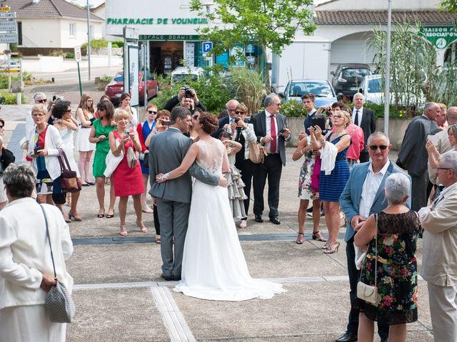Le mariage de Christophe et Cécile à Vouneuil-sous-Biard, Vienne 26