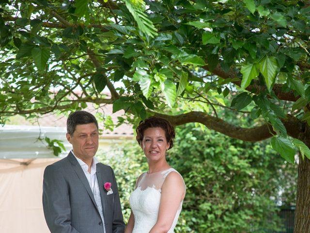 Le mariage de Christophe et Cécile à Vouneuil-sous-Biard, Vienne 39