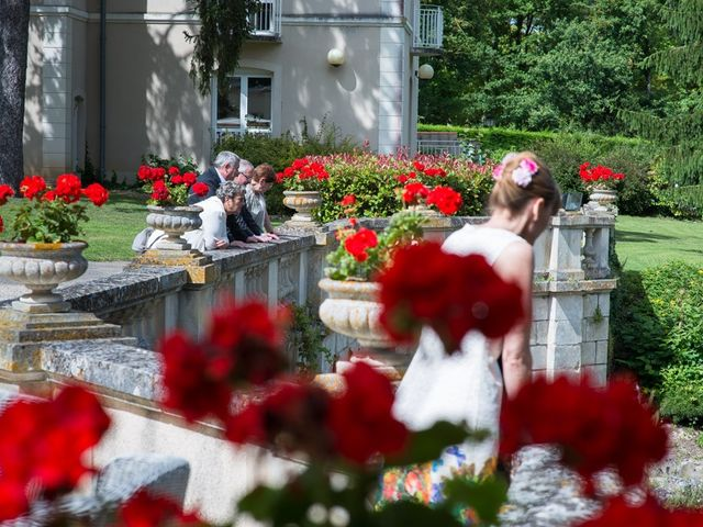 Le mariage de Christophe et Cécile à Vouneuil-sous-Biard, Vienne 53