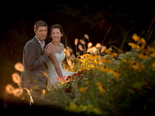 Le mariage de Christophe et Cécile à Vouneuil-sous-Biard, Vienne 102