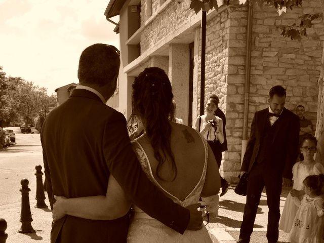 Le mariage de David  et Marjorie à Morestel, Isère 11