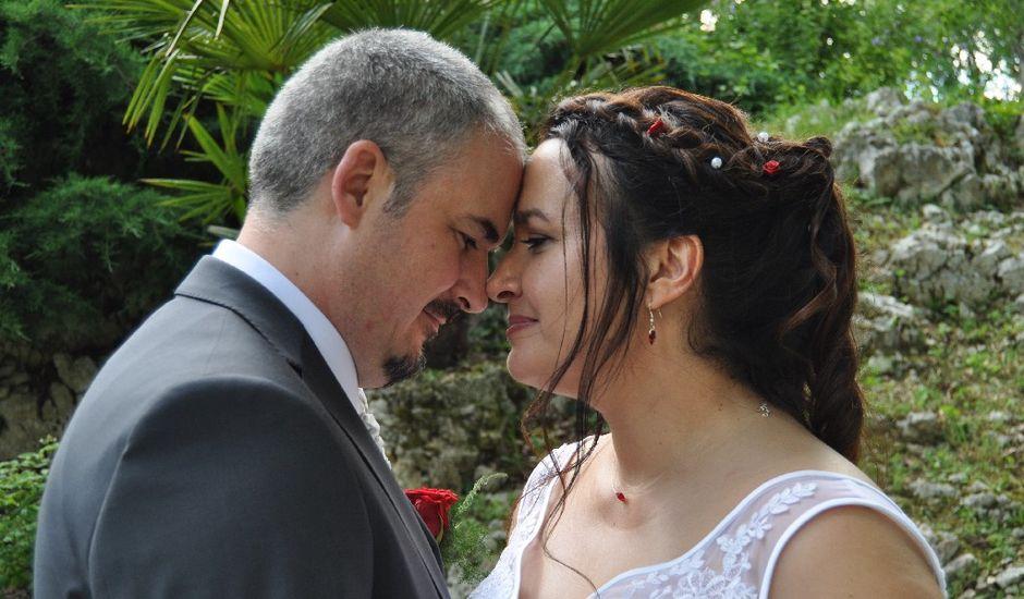 Le mariage de David  et Marjorie à Morestel, Isère
