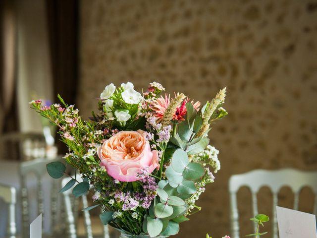 Le mariage de Thomas et Virginie à Bleury, Eure-et-Loir 8