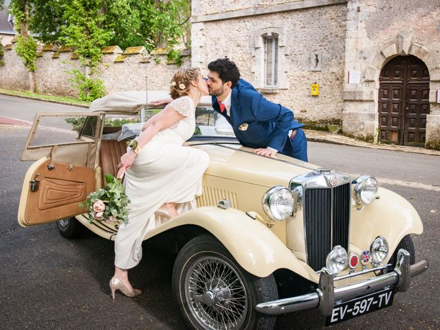 Le mariage de Thomas et Virginie à Bleury, Eure-et-Loir 13
