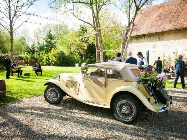 Le mariage de Thomas et Virginie à Bleury, Eure-et-Loir 21