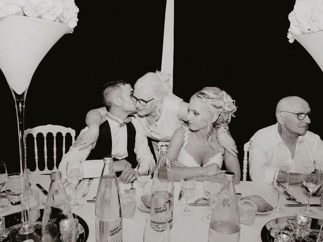 Le mariage de Thomas et Laura à Villequier, Seine-Maritime 83