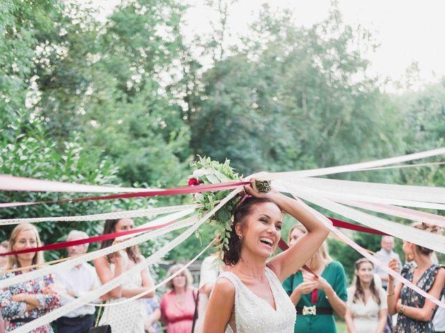 Le mariage de Alex et Lou à Bleury, Eure-et-Loir 1