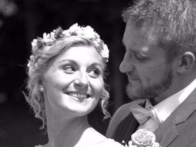Le mariage de Armand et Aurélie à Courmelles, Aisne 17