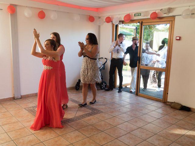 Le mariage de Nicolas et Lindsay à Guidel, Morbihan 44