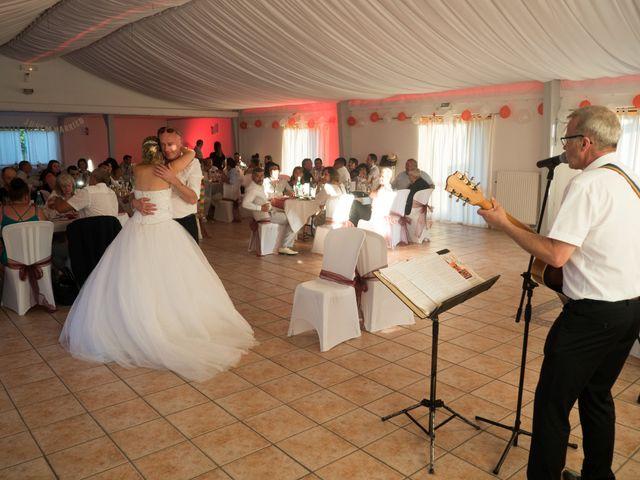 Le mariage de Nicolas et Lindsay à Guidel, Morbihan 52