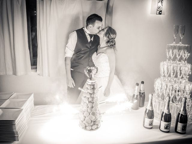 Le mariage de Nicolas et Lindsay à Guidel, Morbihan 57