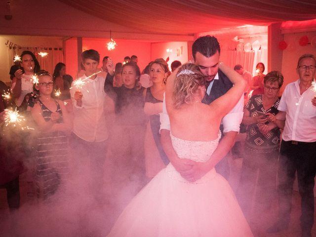 Le mariage de Nicolas et Lindsay à Guidel, Morbihan 60