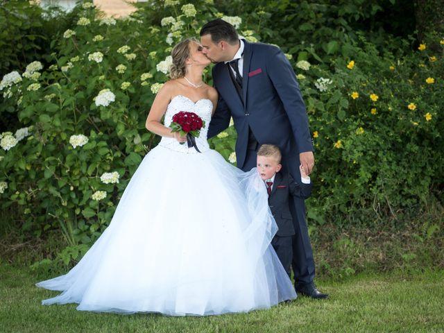 Le mariage de Nicolas et Lindsay à Guidel, Morbihan 61