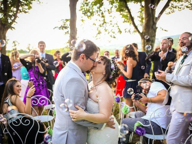Le mariage de Julien et Sanelle à Villeurbanne, Rhône 17