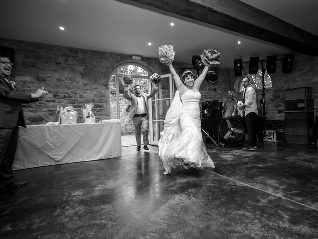 Le mariage de Julien et Sanelle à Villeurbanne, Rhône 24