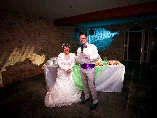 Le mariage de Julien et Sanelle à Villeurbanne, Rhône 28