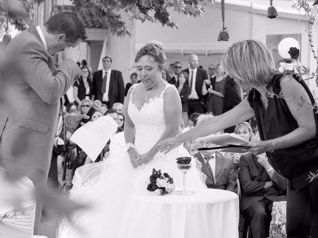 Le mariage de Yohann et Isabelle à Saint-Maximin-la-Sainte-Baume, Var 15